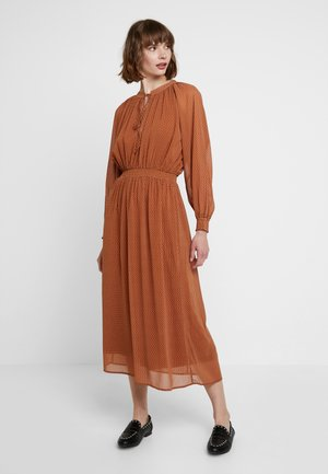 Maxi dress - white/ brown
