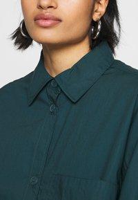 Monki - CAROL DRESS - Košilové šaty - dark green - 5