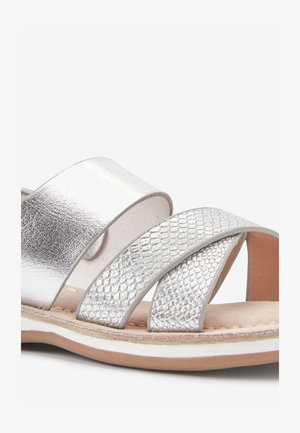 SILVER CROSS STRAP SANDALS (YOUNGER) - Sandály - silver