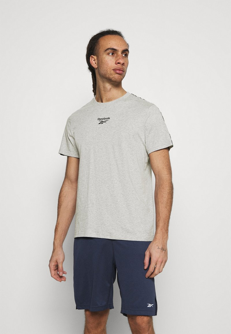 Reebok - TAPE TEE - Print T-shirt - medium grey heather
