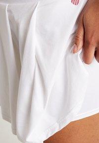 K-SWISS - HYPERCOURT SKIRT - Sportovní sukně - white - 3
