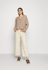 CLOSED - WOMEN´S - Jumper - clay - 1
