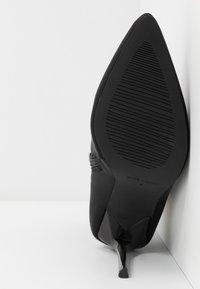 BEBO - JOHANNA - Kotníková obuv na vysokém podpatku - black - 6