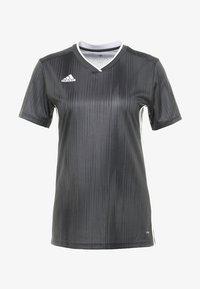 TIRO 19 CLIMALITE PRIMEGREEN JERSEY - Camiseta estampada - grey/white