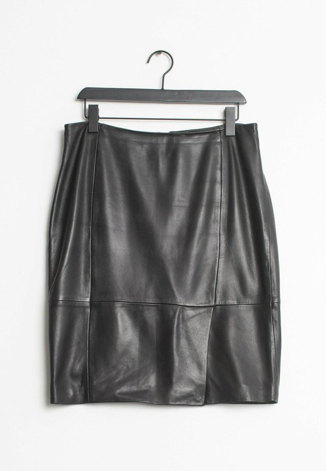 Falda de cuero - black