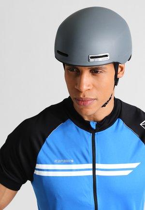 MAZE  - Helmet -  matte cement
