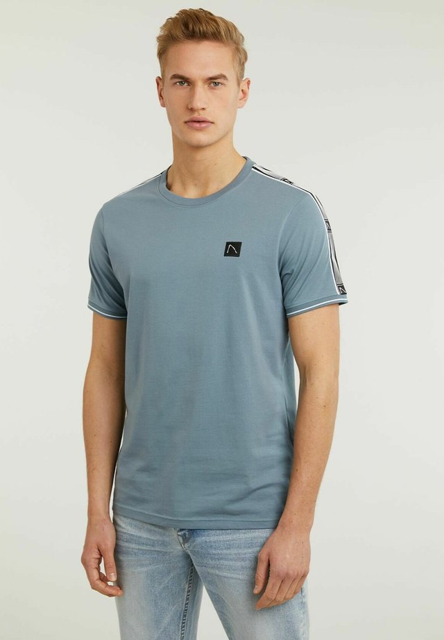 BARRY - T-shirt con stampa - blue
