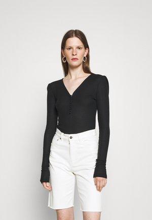 KATKA  - T-shirt à manches longues - black