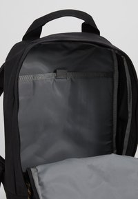 The North Face - TOTE PACK UNISEX - Rygsække - black heather - 5