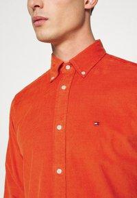 Tommy Hilfiger - FLEX - Shirt - orange - 3