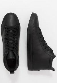 Pier One - Zapatillas altas - black - 1
