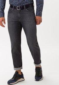 BRAX - STYLE CADIZ - Straight leg jeans - silver sea - 0