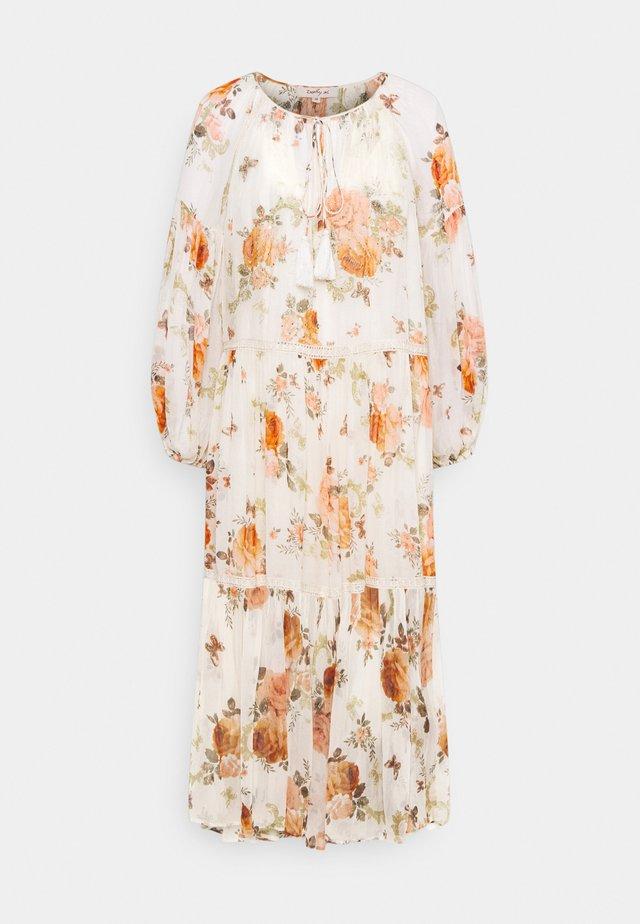 SANTANDER DRESS - Vapaa-ajan mekko - off white