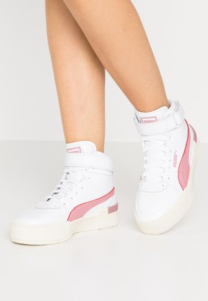 CALI SPORT WARM UP - High-top trainers - white/foxglove/marshmallow