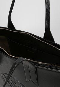 Emporio Armani - ZIP EAGLE - Handbag - nero - 4