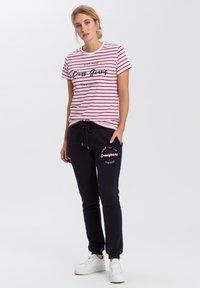 Cross Jeans - Print T-shirt - white - 1