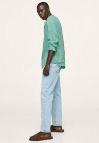 Mango - REGULAR FIT MIT - Shirt - wassergrün - 4