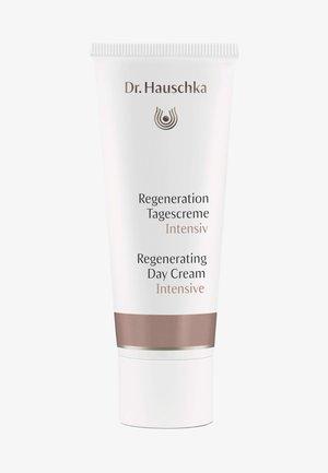 REGENERATING DAY CREAM INTENSIVE - Face cream - -