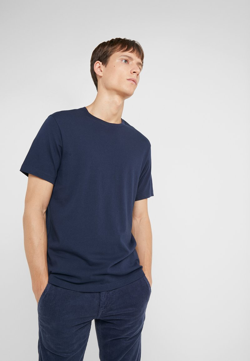 J.CREW - BROKEN IN CREW - T-shirt basic - navy