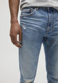 PULL&BEAR - Slim fit jeans - royal blue - 3