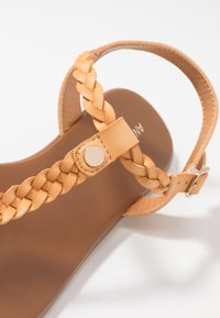 Anna Field Wide Fit - T-bar sandals - tan - 5