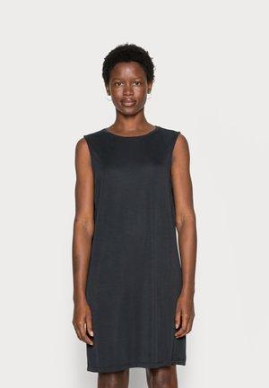 TUANA - Žerzejové šaty - black