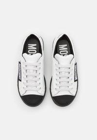 MOSCHINO - UNISEX - Tenisky - white/black - 3