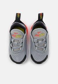 Nike Sportswear - AIR MAX 270 UNISEX - Trainers - light smoke grey/white/dark smoke grey - 3