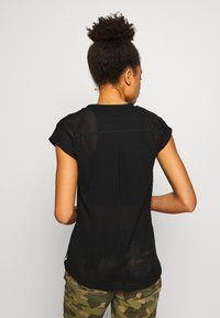 The North Face - WOMENS ACTIVE TRAIL - T-Shirt print - black - 2