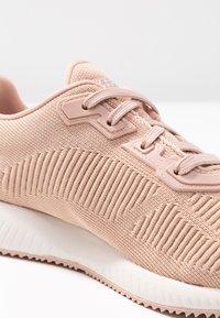Skechers Sport - BOBS SQUAD - Zapatillas - light pink sparkle - 2