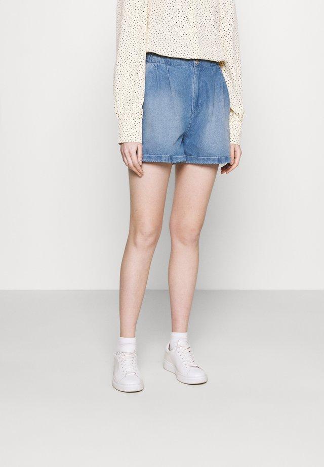 NMARIANNA - Denim shorts - light blue denim