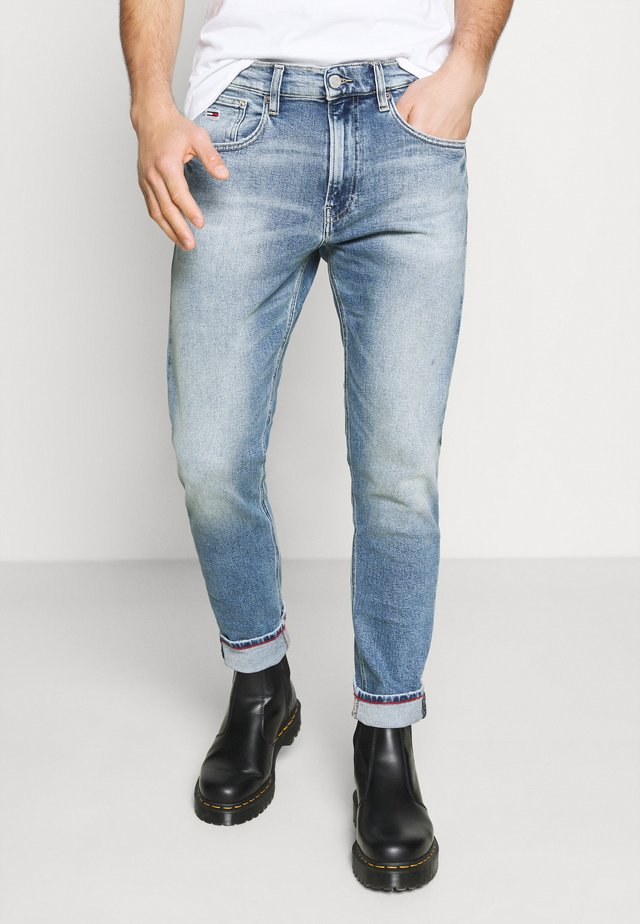 REY RELAXED TAPERED - Jeans baggy - barton light blue