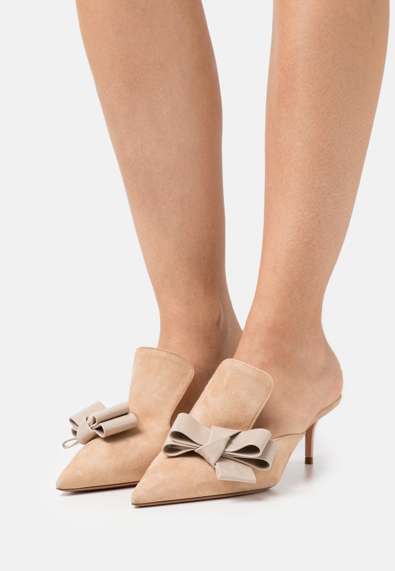 Oxitaly - ALBERTA  - Pantofle na podpatku - beige