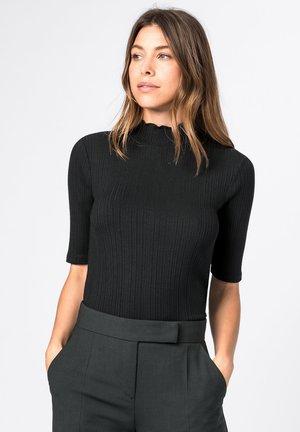 AUS LENZING™-ECOVERO™ - Basic T-shirt - schwarz
