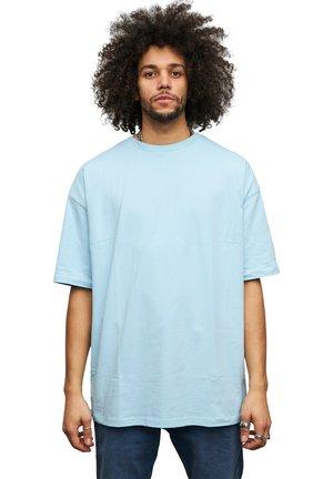 T-shirts basic - baby blue