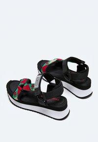 Pepe Jeans - FUJI ETHNIC - Sandały na platformie - middle green - 4