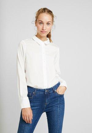 VMTANYA - Button-down blouse - snow white