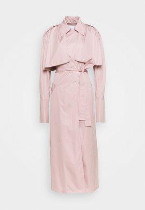 DEMI - Trenssi - lite pink