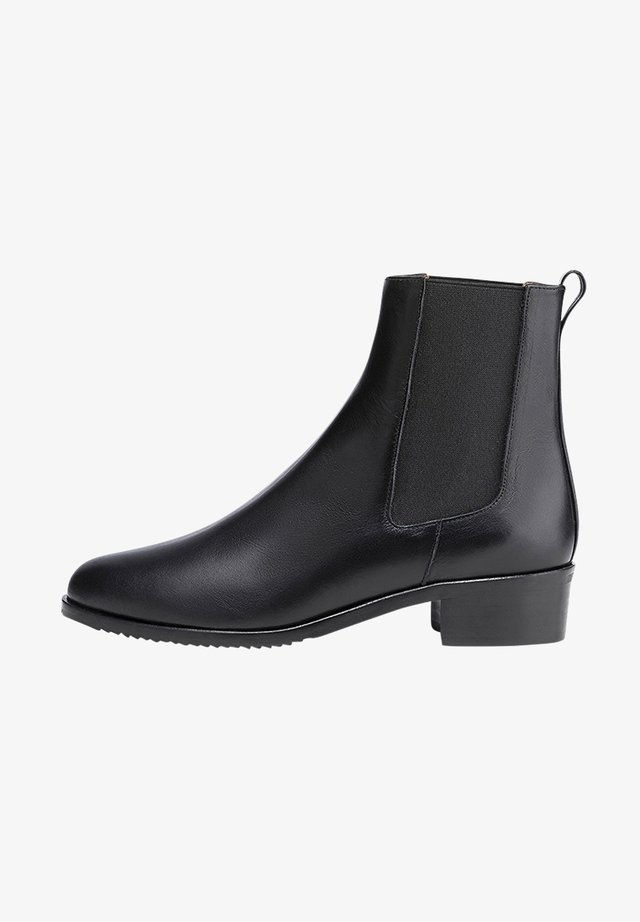 LUCILE - Korte laarzen - black
