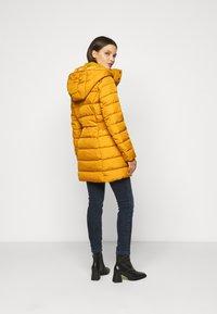 ONLY Petite - ONLLUNA QUILTED COAT - Classic coat - pumpkin spice - 2