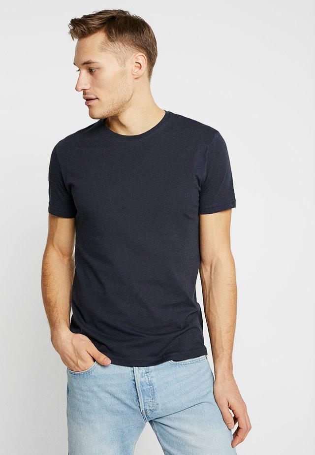 BARTON - Basic T-shirt - black