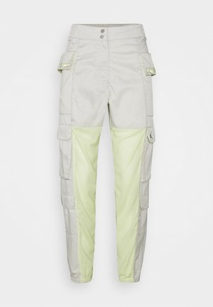 HEATWAVE UTILITY PANT - Cargo trousers - light bone/life lime/black
