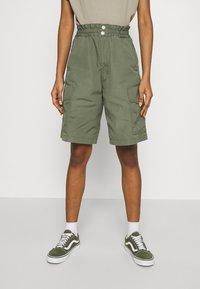 Carhartt WIP - DENVER  - Shorts - dollar green - 0