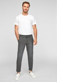 Q/S designed by - SLIM FIT - Trousers - anthracite - 1