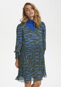 Denim Hunter - Day dress - blue zebra print - 0