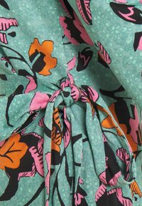 Diane von Furstenberg - NEW JULIAN TWO - Trikoomekko - medium green - 6