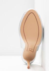 Lulipa London - DALLAS - Høye hæler med åpen front - metallic - 6