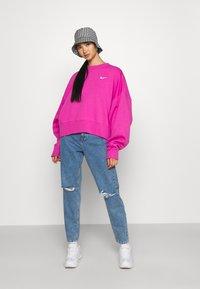 Nike Sportswear - CREW TREND - Sweatshirt - active fuchsia/white - 1