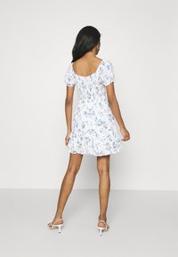 Hollister Co. - SHORT DRESS - Day dress - white floral - 2