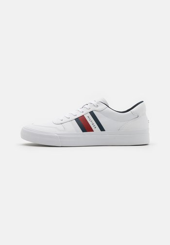 CORE CORPORATE STRIPES  - Sneakers laag - white